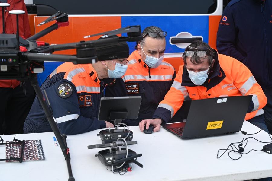 Measuring equipment © Geert Biermans