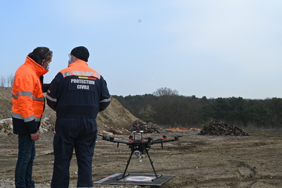 Flight of the drone © Geert Biermans